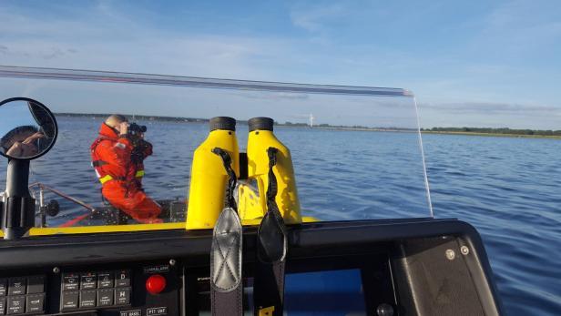 A Swedish Sea Rescue Society team searches for mis