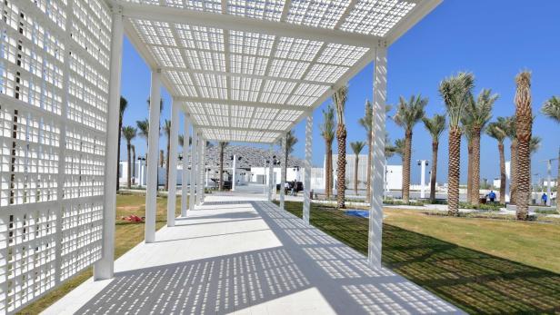 UAE-CULTURE-LOUVRE-MUSEUM