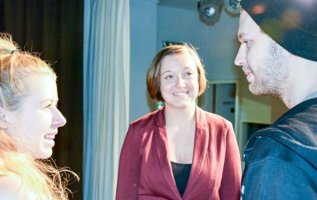 40 Tage ohne Handy, Theater Wozek