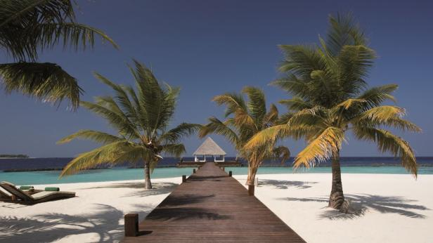 Preferred hotels and resorts, 01 coco_bodu_hithi…