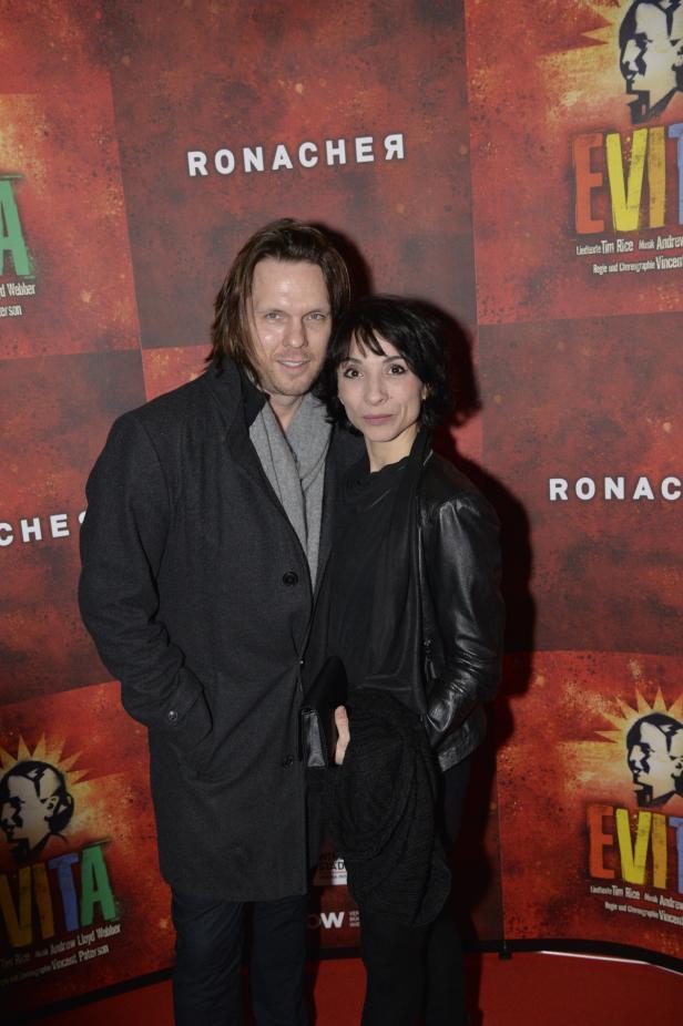 """Premiere des Musical """"Evita"""" im Wiener Ronacher am…"""