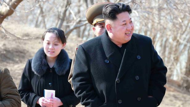 Die Schwester des Diktators: Kim Yo-jong (li.) reist nach Pyeongchang.
