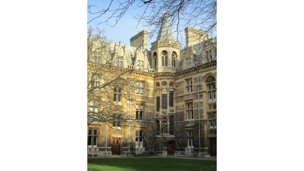 Cambridge: Die College-Architektur ist wie aus dem Bilderbuch, die Universität ist die weltbeste, und das Zusammenspiel von Wissenschaft und Wirtschaft macht die Region zum Silicon Valley Großbritanniens.