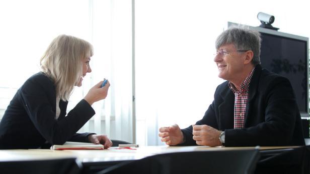 Beim Interview mit Arnold Schmied in Linz