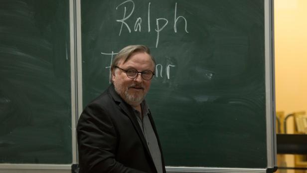 Axel Prahl als mäßig motivierter Lehrer