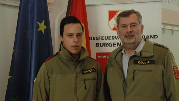 Landesfeuerwehrkommandant Alois Kögl, Feuerwehrler…