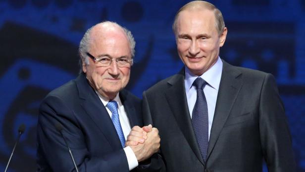 Mit Russlands Präsident Putin ist Blatter gut Freund.