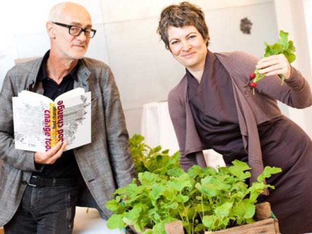 "Wolfgang Reiter, Hanni Rützler, Hubert Krenn und Johann Reisinger präsentieren ""Food Change""."