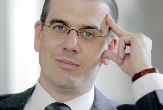 POLITOLOGE PETER HAJEK
