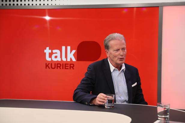 TV-Interview mit Reinhold Mitterlehner