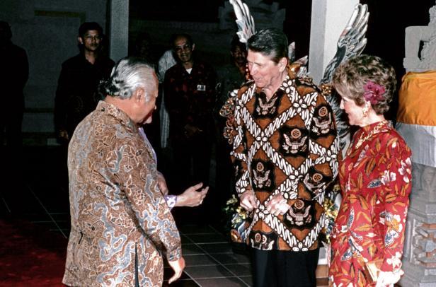 INDONESIA-USA-SUEHARTO-REAGAN