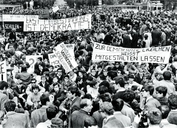 Schüler und Studenten demonstrieren 1968