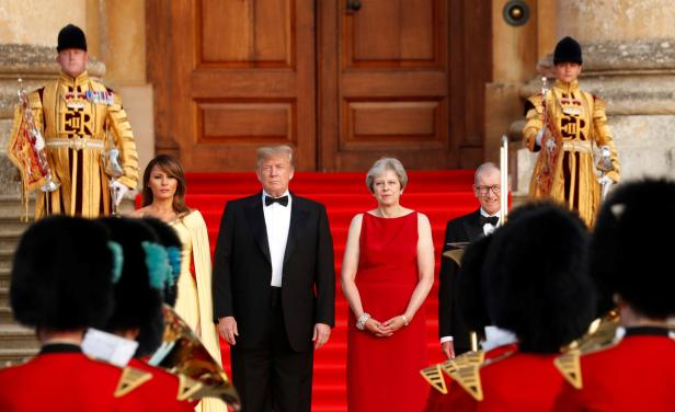 Trumps visits Blenheim Palace in  England