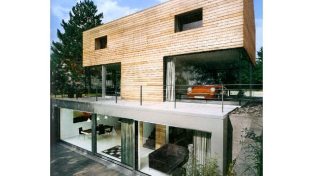 Ein Vorbild in Sachen Nachhaltigkeit: Diese Haus aus Lehm ist voll recycelbar. Als Baustoff wurde vor allem der tonigen Aushub verwendet.