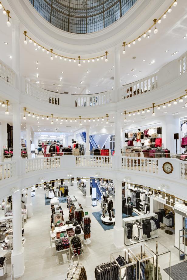 3000 Quadratmeter In Wien Eröffnet Größter Hm Store Kurierat