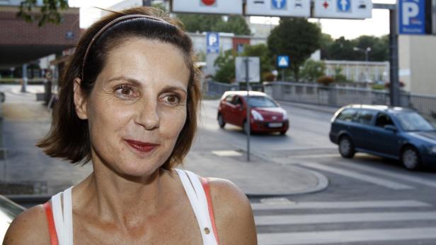 """Ruth Elsner will mit ihrem Mann Helmut vorerst im Lande bleiben. """"Mit Rücksicht auf meine Familie suchen wir nach einem Rehabilitationszentrum in Österreich"""""""