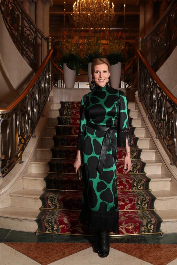 0ed49f4d7aa ROMY  Die glamourösen Promi-Outfits der Gala-Nacht