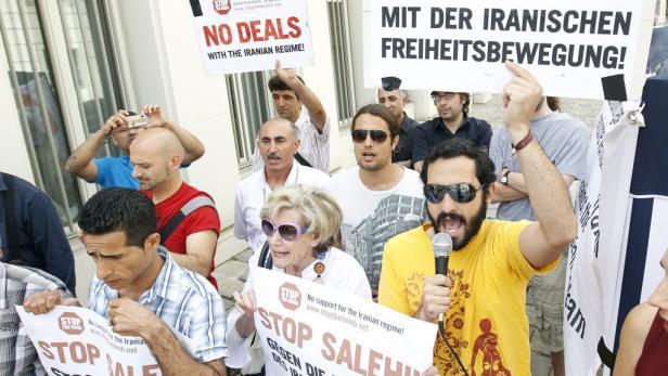 Ali Akbar Salehi sprach mit Michael Spindelegger über Atomstreit