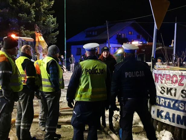 Police gather at site of building levelled by gas explosion in Szczyrk