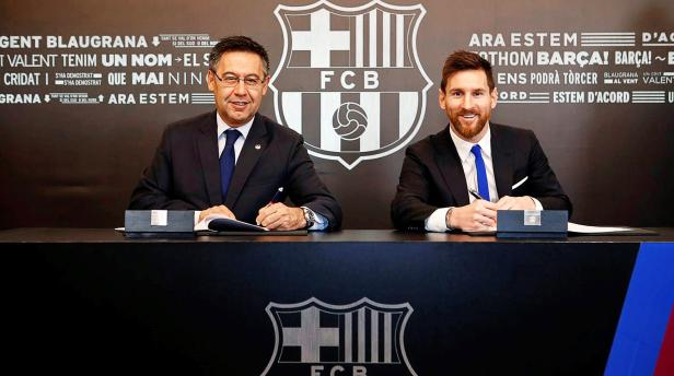 Lionel Messi signs new contract with FC Barcelona until 2021