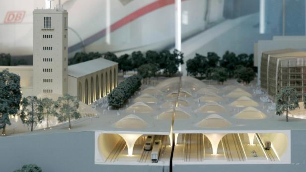 Porr-Chef Karl-Heinz Strauss: Egal, welche Bahnhof-Variante kommt, die Tunnel sind immer nötig.