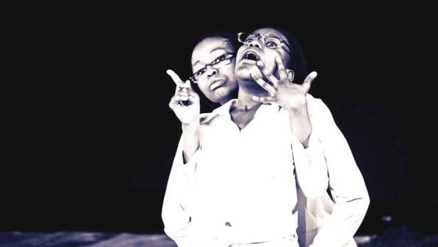 Mmakgosi Tsogang Kgabi und Awelani Lena Moyo in Super Zoom