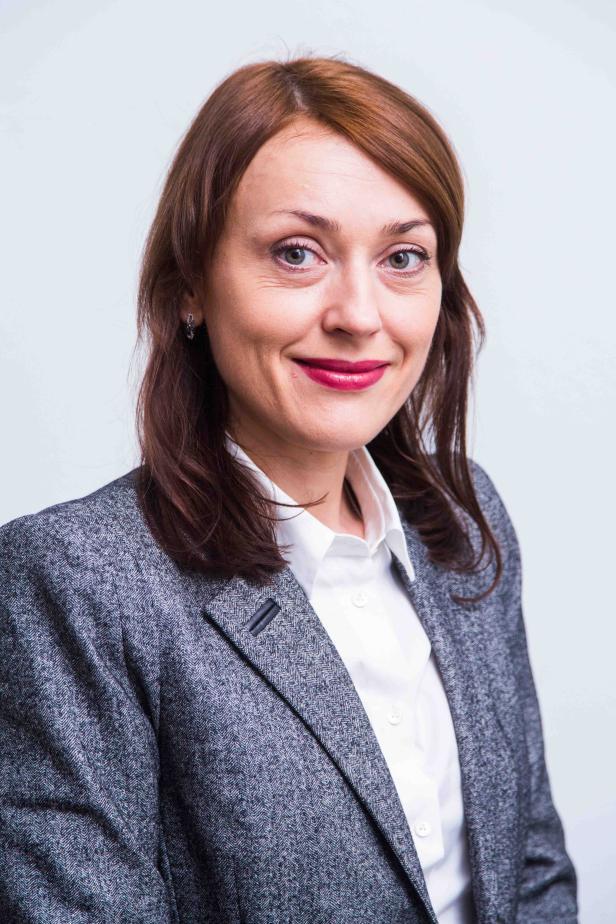 Elena Uljee