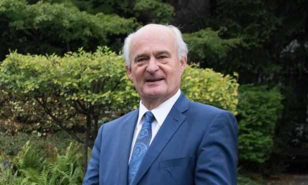 Bezirksvorsteher Adi Tiller