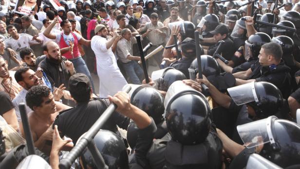 Bei den Zusammenstößen zwischen Demonstranten und der Polizei gab es Verletzte und etliche Festnahmen.