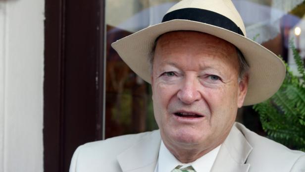 """""""Sie brauchen sich keine Sorgen zu machen, ich schaffe es schon"""": Wolfgang Schüssel verabschiedet sich aus der Politik."""