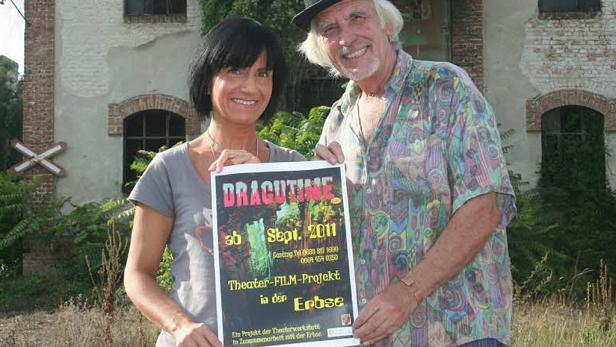 """Das Stück """"Dracutime"""" soll nach seiner Premiere 2010 von den Brettern nun auf die Leinwand wechseln"""