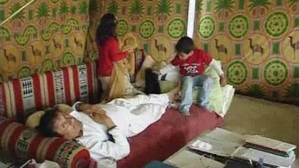Gaddafi soll 29 Tonnen Gold verkauft- und dafür mehr als 711 Millionen Euro bekommen haben.