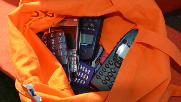 Geworfene Handys