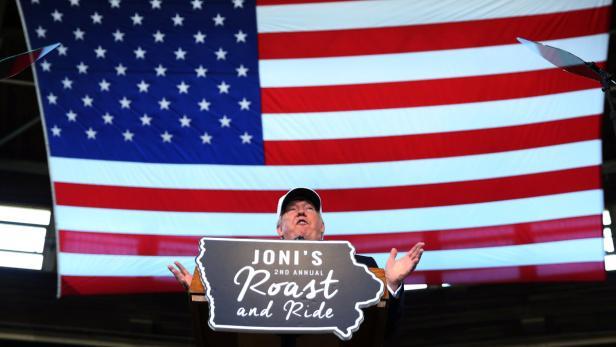 "Republican nominee Donald Trump speaks at ""Joni's"