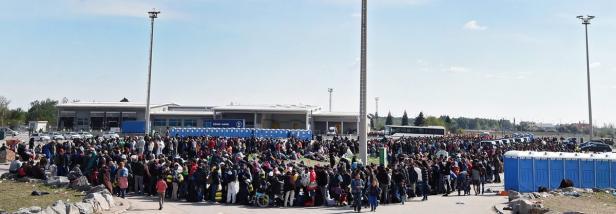 Flüchtlinge bei der Einreise nach Österreich im Sommer 2015