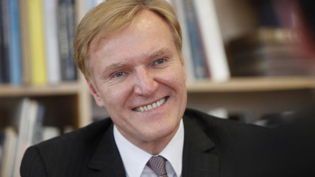 Klaus Albrecht Schröder
