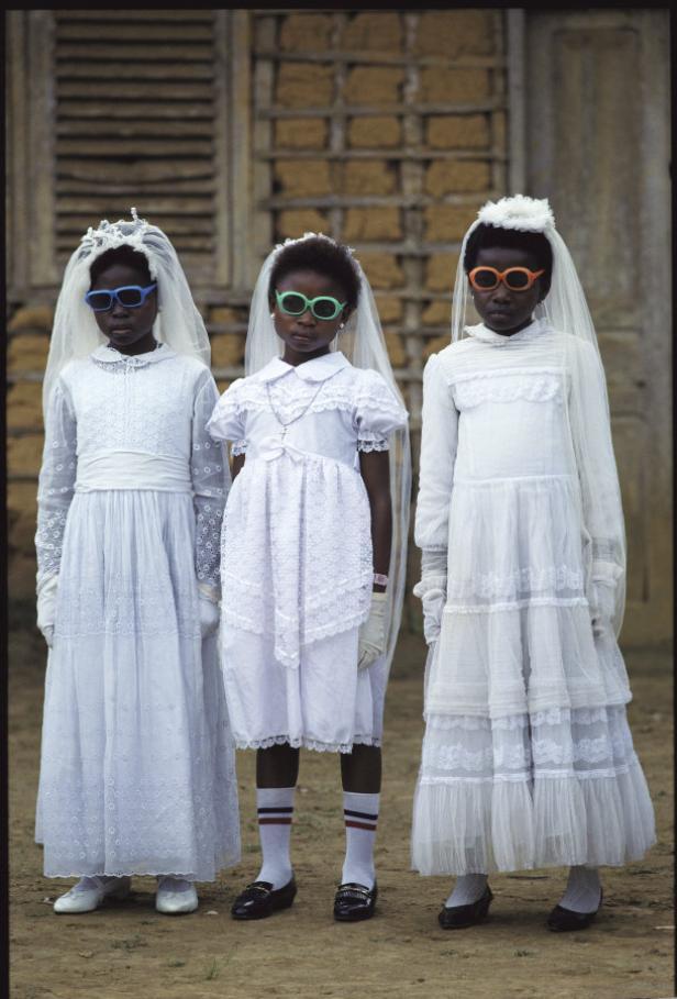 EQUATORIAL GUINEA, 1989; Bata: communiantes a la s…