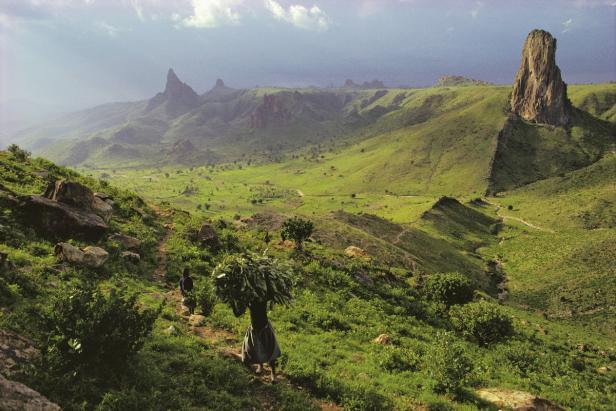 CAMEROON, 1989; Region montagneuse des Kapsiki.   …