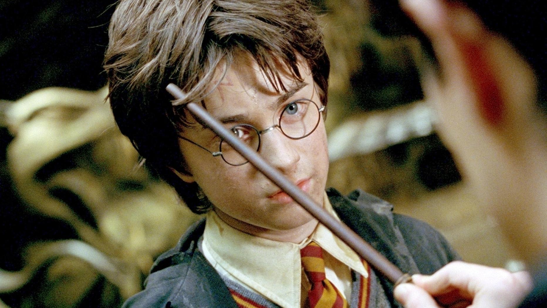 Harry Potter Ist Die Narbe Auf Seiner Stirn Gar Kein Blitz Kurier At