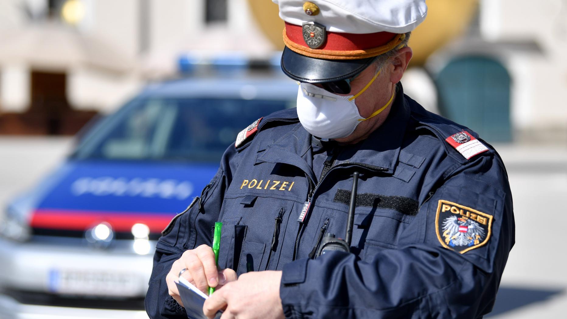 Profil von Polizist (m47)