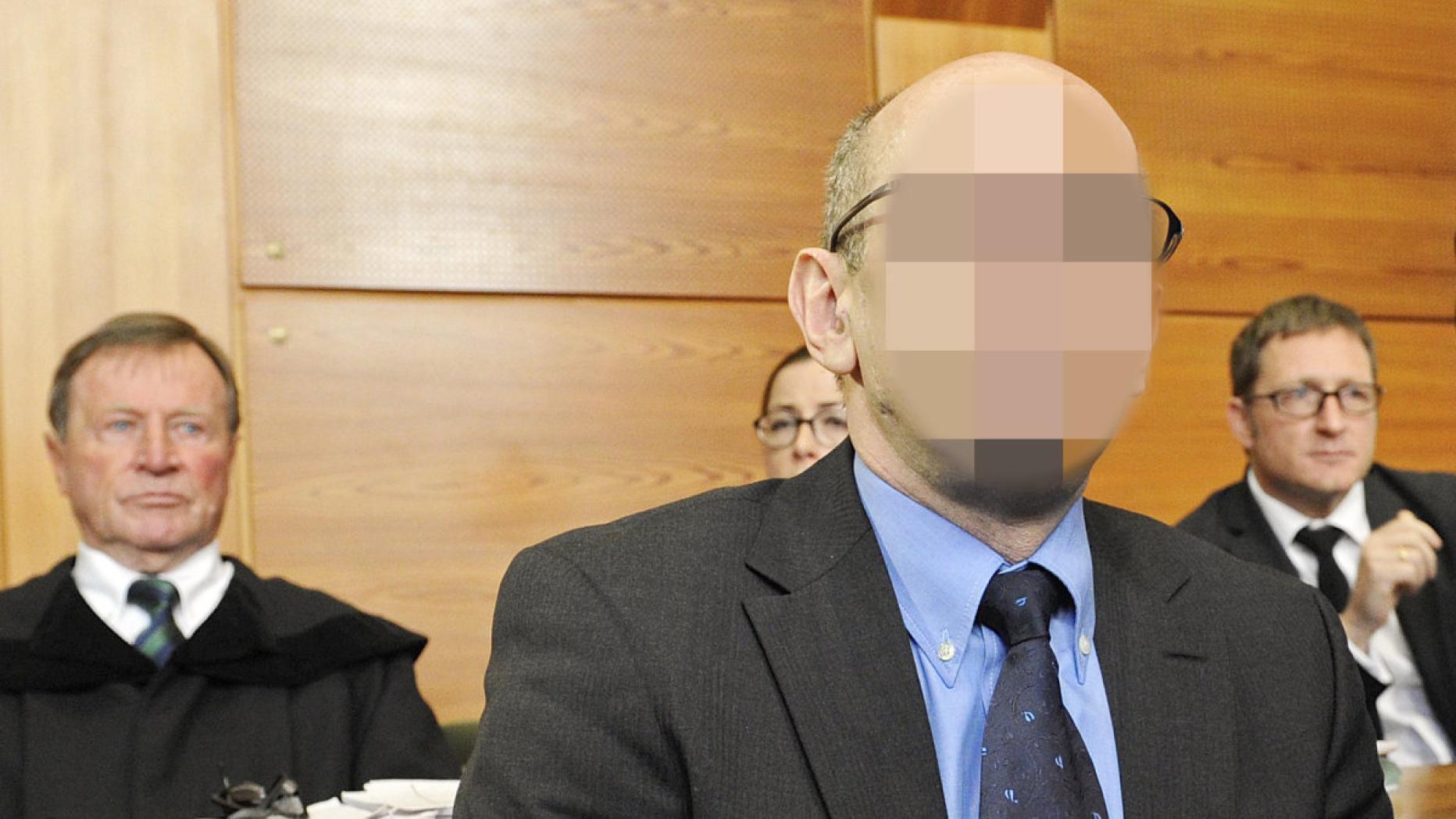 Jannach & Picker Rolladen Tore Sonnenschutz Bezirk