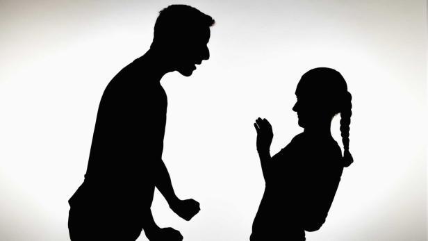 Angst vor Freund: Frau seilte sich aus erstem Stock ab