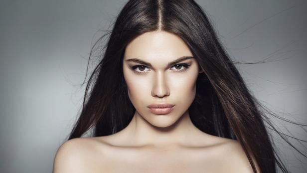 Tutorial Fünf Einfache Frisuren Für Fettiges Haar Kurierat