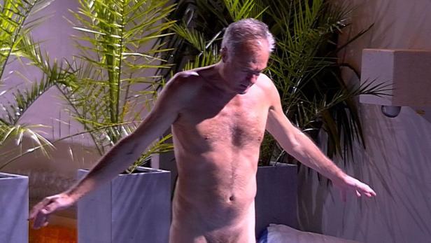 Nackt im keller