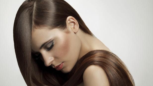 Fünf Angewohnheiten Die Ihr Haar Fettig Machen Kurierat