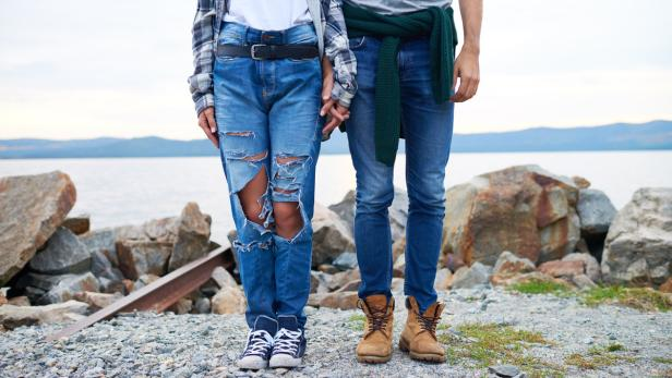 2fa71cc90eb2 3 Dinge, mit denen man Jeans unbewusst ruiniert   kurier.at