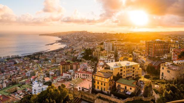 Die Faszination Von Neapel Kurierat