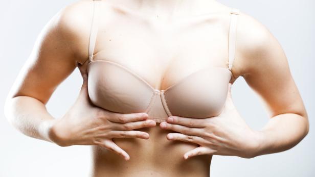 unterschiedlich große brust
