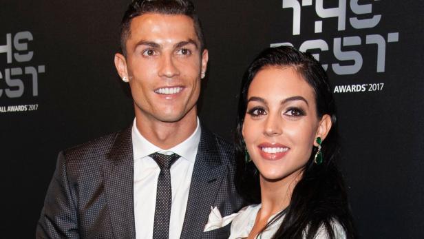 Cristiano Ronaldo Verrät Den Namen Seines Babys Kurierat