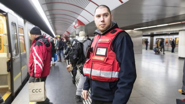 Wiener Linien Kontrollgang Mit Den Hütern Der Hausordnung Kurierat